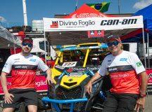 Gustavo Gugelmin (E) e Reinaldo Varela lideram o Rally dos Sertões com UTV (Foto: Donizetti Castilho/Divulgação)