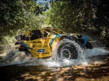 Campeões do Rally Dakar, Reinaldo Varela e Gustavo Gugelmin lideram a categoria para UTVs do Rally dos Sertões 2018. Crédito: Magnus Torquato/Mundo Press