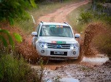Lama, areia, coquerais: teve de tudo no Mitsubishi Motorsports