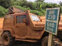 Expedição atravessa o país para ajudar ao próximo