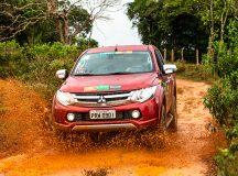 Desafios off-road divertem os participantes e comprovam o DNA 4x4 dos veículos - Ricardo Leizer/Mitsubishi
