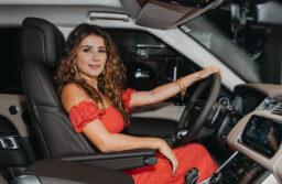 Land Rover anuncia Paula Fernandes como Embaixadora da marca para o segmento Agro
