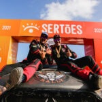Sertões: Terpins/Bianchini são vice-campeões na T1 Brasil. Andujar leva título nos quadris